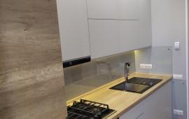 Защитное стекло на кухне